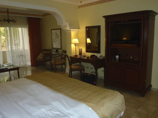 Melia Coco Beach : Spacious Room