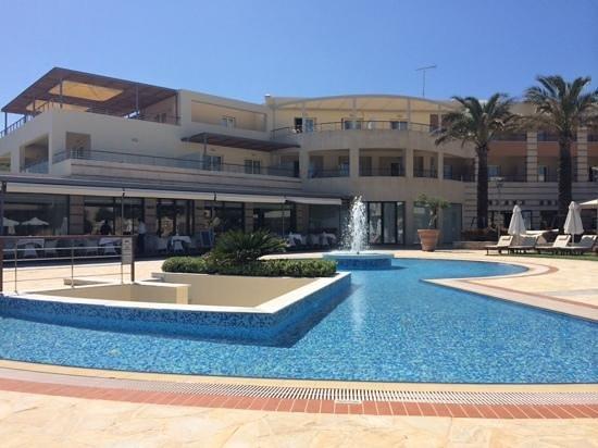 Cretan Dream Royal : hotel pool