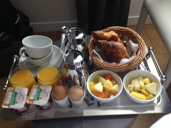 Angely Hotel: excellent breakfast