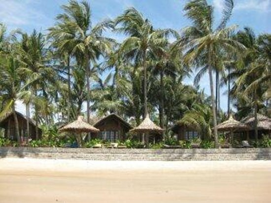 Little Mui Ne Cottages: Вид на отель с моря