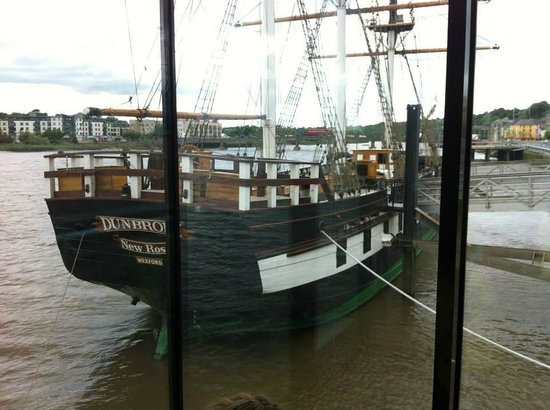 Dunbrody Famine Ship Experience: Ship