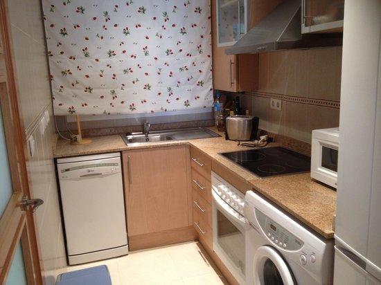 Apartamentos Danesp: Cocina -
