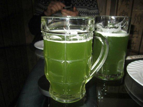Hotel Asia: Зеленое пиво
