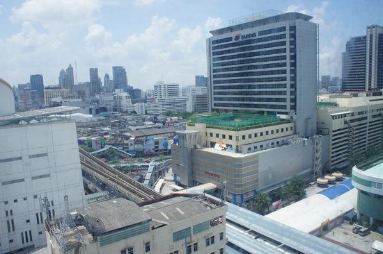 ibis Bangkok Siam Hotel: view from my room at 16 floor