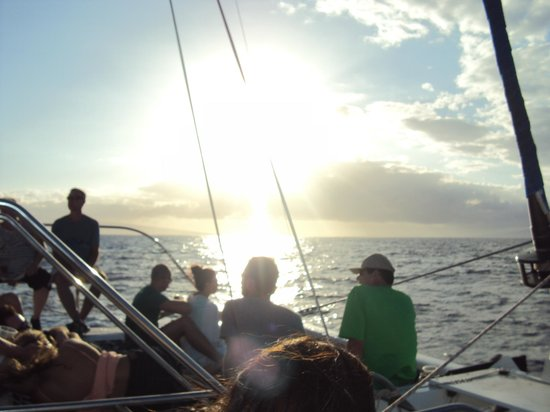 Trilogy Excursions : Sail back to Maui