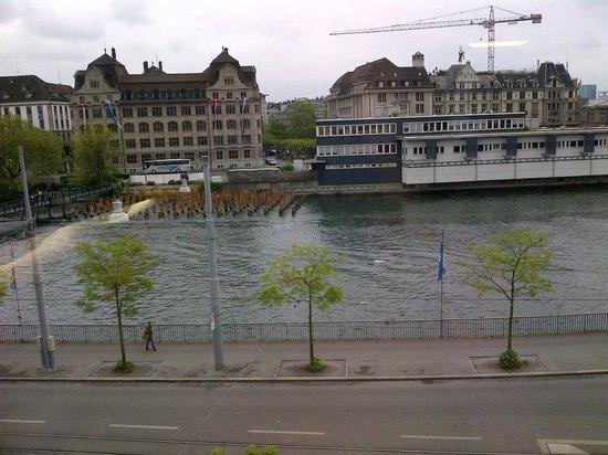 Hotel Limmatblick: gorgeous view