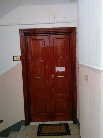 Bed and Breakfast Lia : door