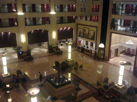 The Lalit Mumbai: hotel lobby