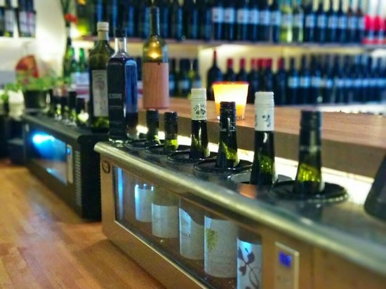 Weinfach Vinothek: The Bar