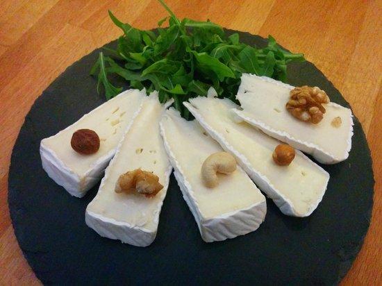 Weinfach Vinothek: Cheese Plate