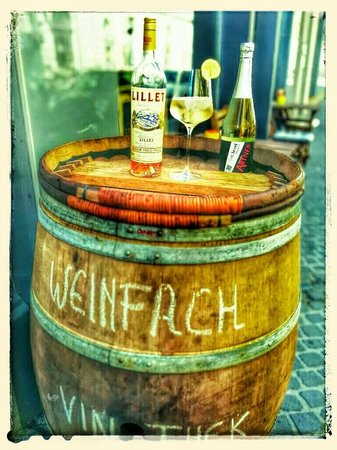 Weinfach Vinothek & Bar : Frillet (Lillet & Frizzante)