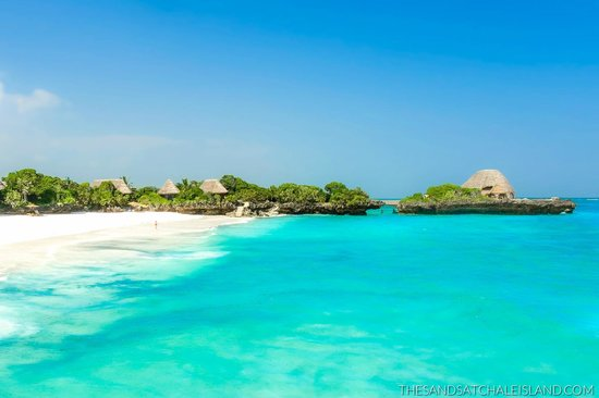 The Sands At Chale Island: White Sands Beach