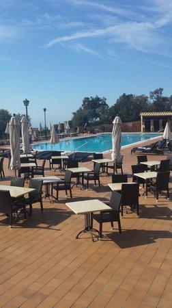 Hapimag Resort Mas Nou: Zona piscina bar ristorante