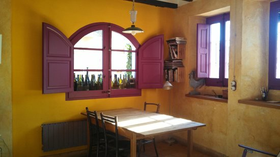 Cal Compte kitchen