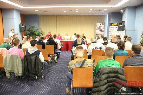 Clarion Congress Hotel Prague: mezinárodní galavečer Heroes Gate 11 vážení, zasedací místnost Clarion
