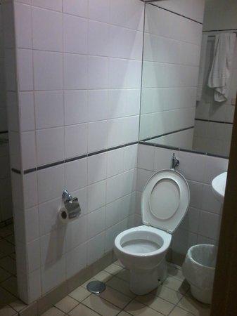 Residencia Deportistas La Cartuja: bagno