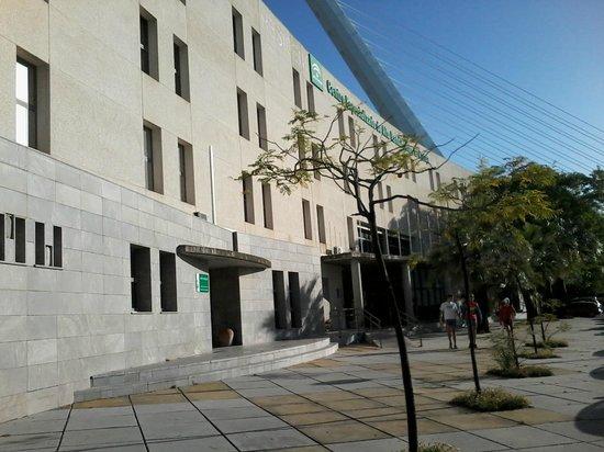 Residencia Deportistas La Cartuja: hotel esterno