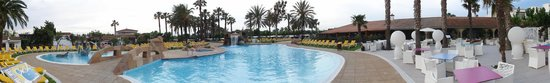 Camping & Resort Sanguli Salou : Pool area