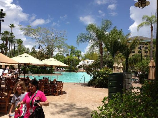 Loews Royal Pacific Resort at Universal Orlando : The pool is a lagoon setting with shade, privacy and fun for kids.