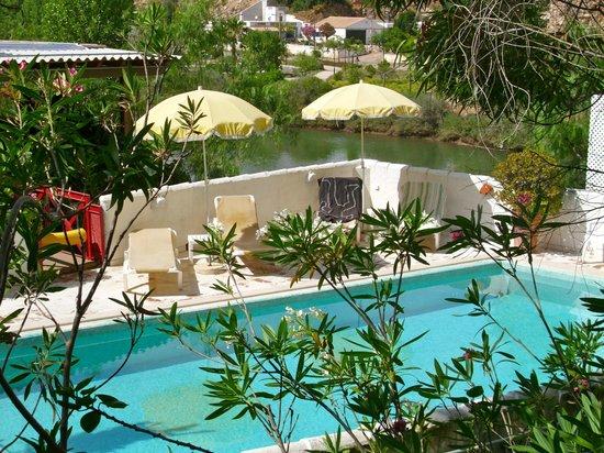 Tavira Inn : pool