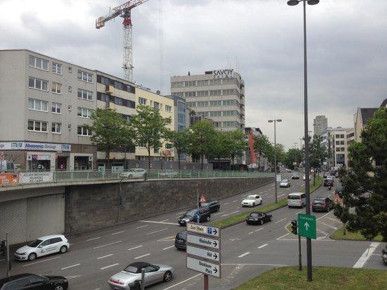 Savoy Hotel: View from Hauptbahnhof