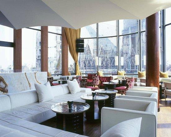 DO & CO Hotel Vienna: ONYX Bar