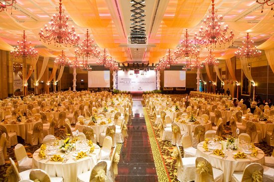 NagaWorld Hotel & Entertainment Complex : It's one of the most fantastic and beautiful site in Naga World