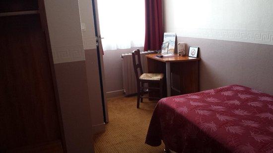 Hotel le Petit Vatel: chambre simple
