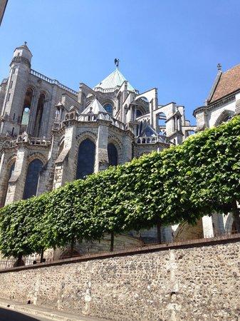 Cathédrale de Chartres : Собор красив!