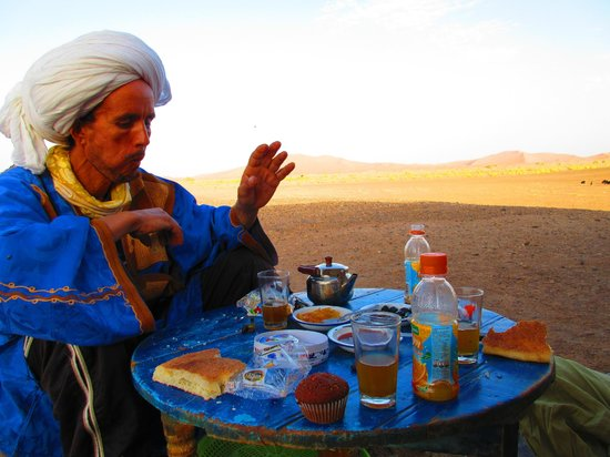 Guest House Merzouga: Petit déj nomade