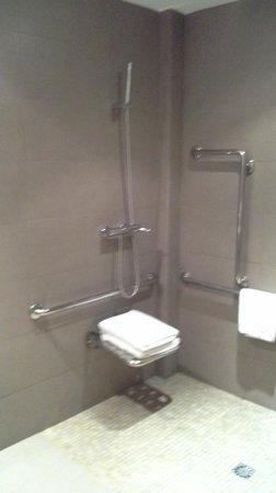 Hotel Parraga Siete: Doccia disabili