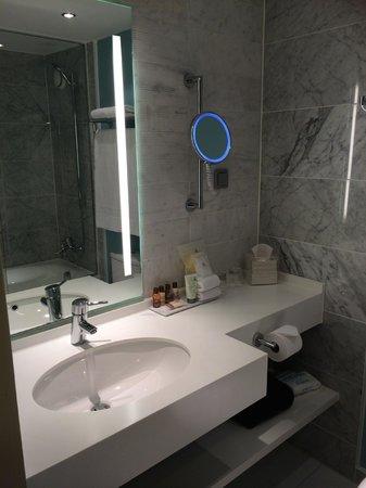 Sheraton Stockholm Hotel: Bathroom