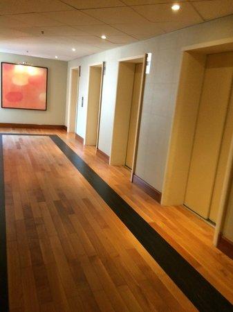 Sheraton Stockholm Hotel: Lift area