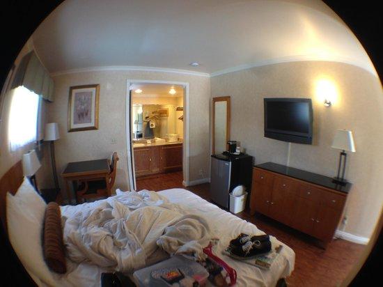 Monterey Park Inn : Room