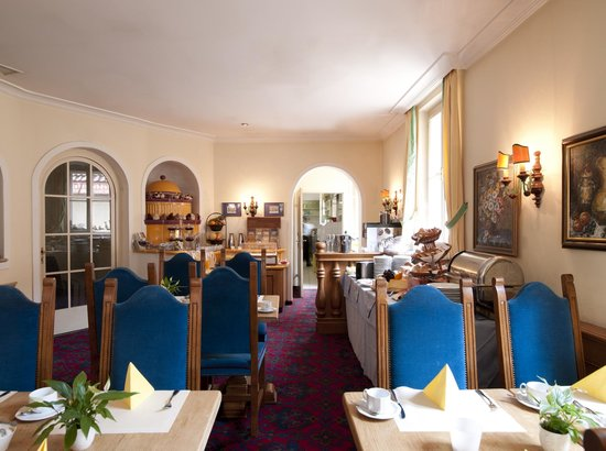 Altstadthotel Kasererbraeu: room service