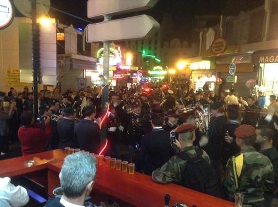 Bar Brasserie L'Eden : pelerinage militaire