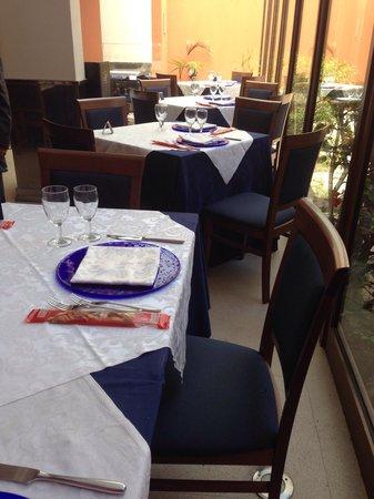 Hotel Panorama: Il ristorante in veranda.