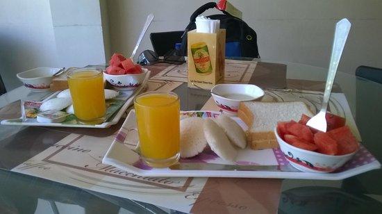 Casa de Cajino: breakfast