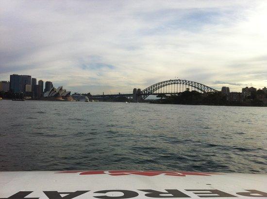 Sydney Ferries: Heading toward Circular Quay