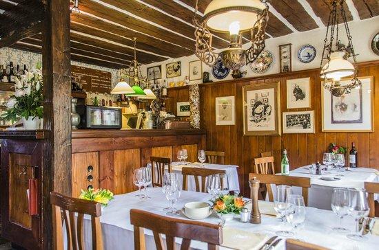 Auberge De Dully: Restaurant
