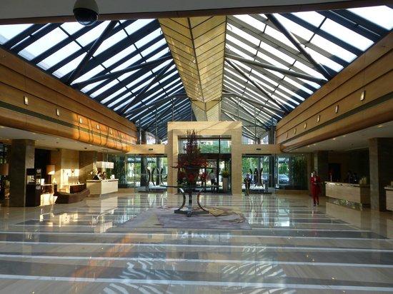 Kempinski Hotel Beijing Lufthansa Center: Empfangshalle