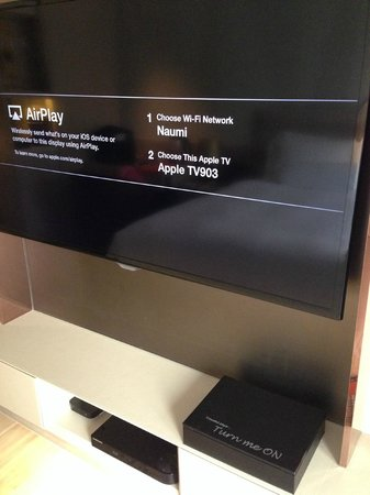 Naumi Hotel: Apple TV, big TV screen at Naumi