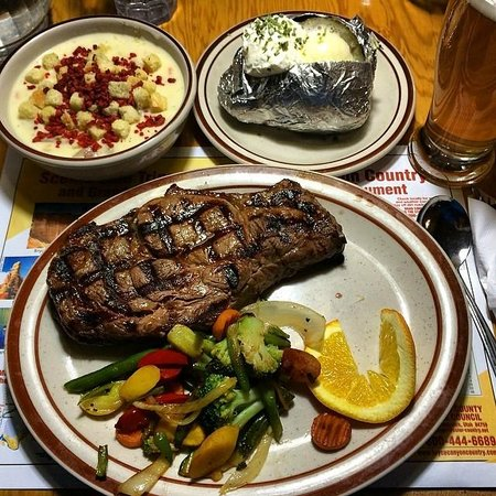Foster's Family Steak House: Steak, soup and side dish