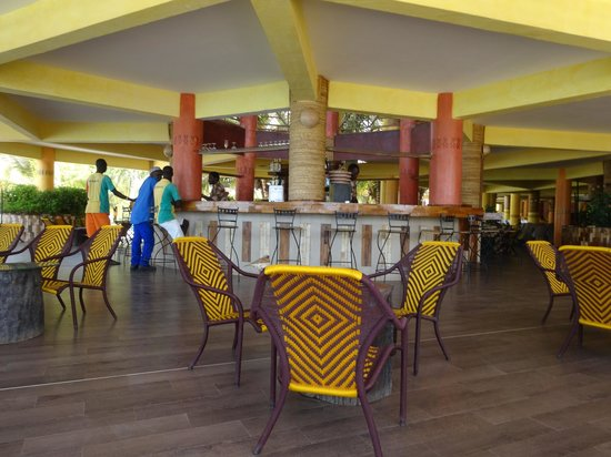 Hotel Club Royal Saly: le bar