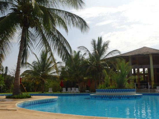 Hotel Club Royal Saly: piscine