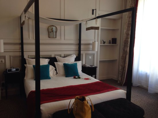 Hôtel Bradford Elysées - Astotel: Room 26 - second floor