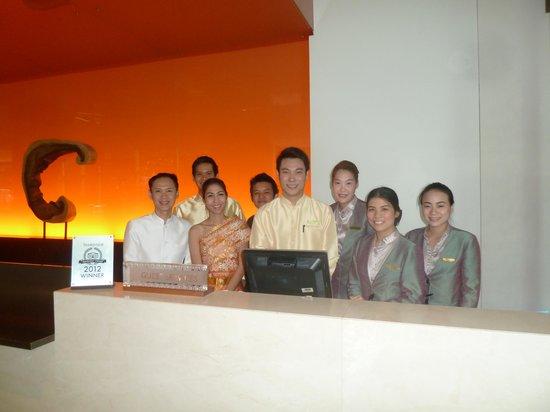 Chatrium Hotel Riverside Bangkok: Great staff - Songkran outfit