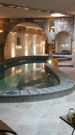 Anatolian Houses: Spa underground