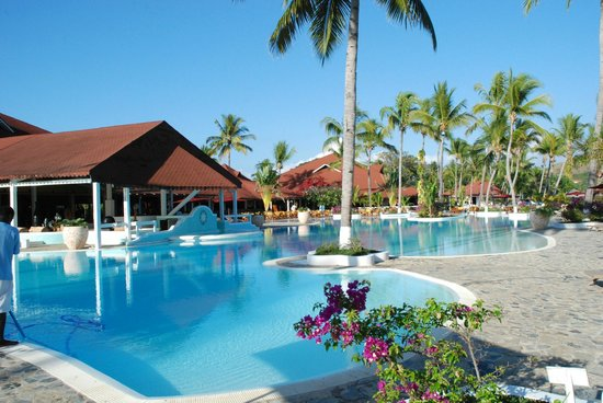 Andilana Beach Resort : Vista piscina