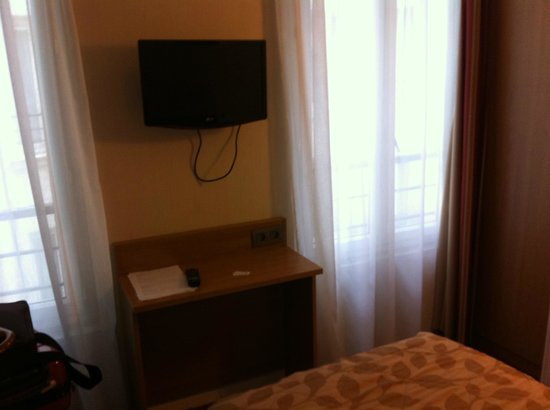 chambre 1 personne picture of hotel cujas pantheon